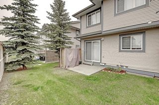 Photo 19: 53 EVERSYDE Point SW in Calgary: Evergreen Row/Townhouse for sale : MLS®# C4201757
