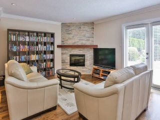 """Photo 5: 7959 WOODHURST Drive in Burnaby: Forest Hills BN House for sale in """"FOREST HILL"""" (Burnaby North)  : MLS®# V1133720"""