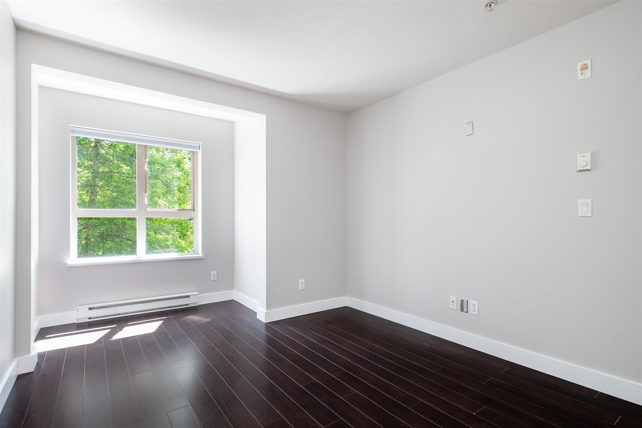 """Photo 13: Photos: 211 9339 UNIVERSITY Crescent in Burnaby: Simon Fraser Univer. Condo for sale in """"HARMONY"""" (Burnaby North)  : MLS®# R2597666"""