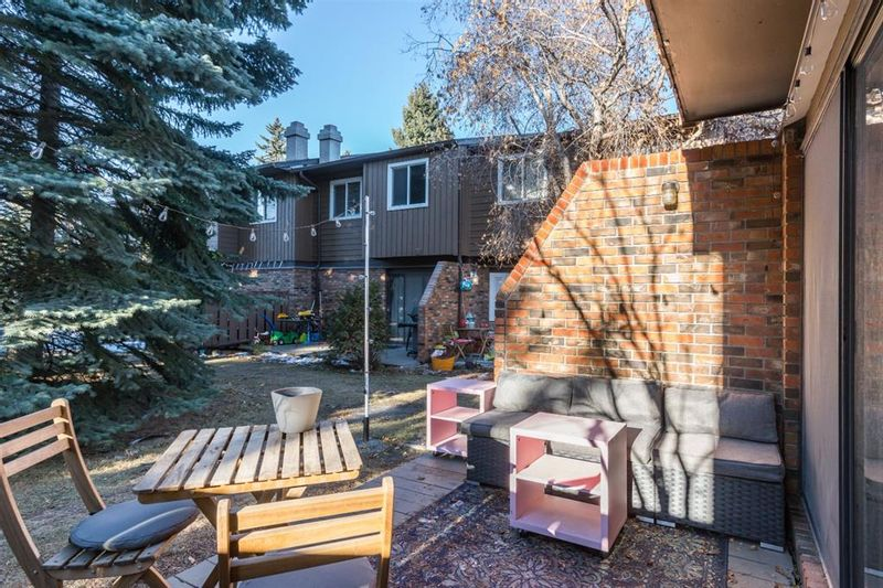FEATURED LISTING: 49 - 287 Southampton Drive Southwest Calgary