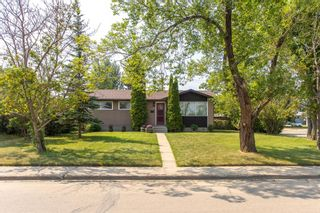Photo 1: 3726 58 Avenue: Red Deer Detached for sale : MLS®# A1136185