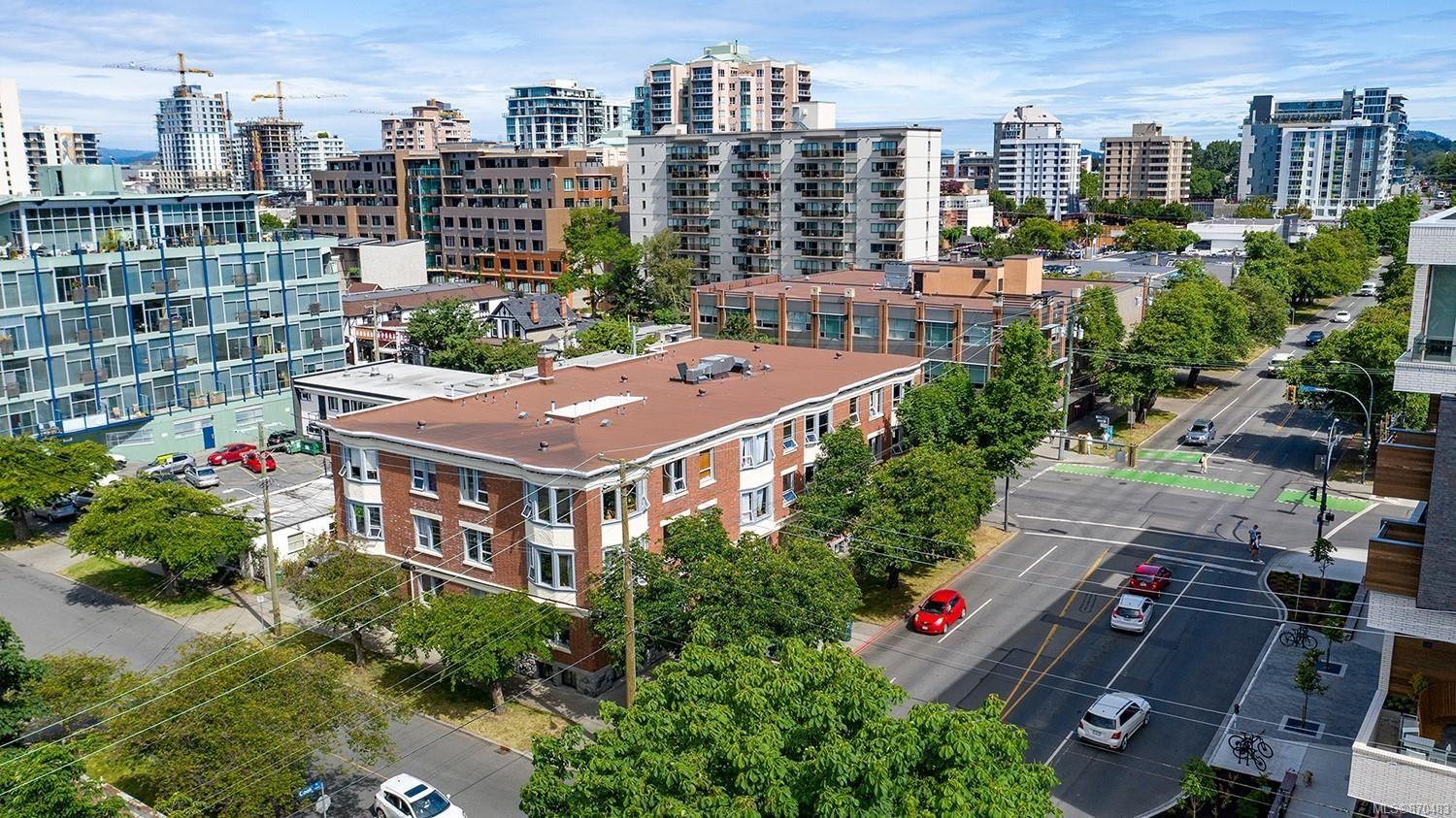 Main Photo: 1030 Cook St in : Vi Downtown Multi Family for sale (Victoria)  : MLS®# 870483