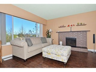 Photo 3: 26864 27TH Avenue in Langley: Aldergrove Langley House for sale : MLS®# F1433361
