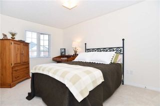 Photo 10: 104 Underwood Drive in Whitby: Brooklin House (2-Storey) for sale : MLS®# E3821721
