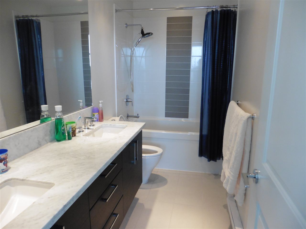 """Photo 9: Photos: 3702 4880 BENNETT Street in Burnaby: Metrotown Condo for sale in """"CHANCELLOR"""" (Burnaby South)  : MLS®# R2006395"""