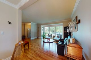 Photo 4: 8963 Bay Ridge Drive SW in Calgary: Bayview Detached for sale : MLS®# A1133882