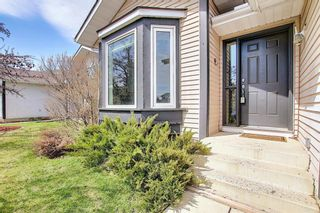 Photo 4: 64 Millrise Close SW in Calgary: Millrise Detached for sale : MLS®# A1099689