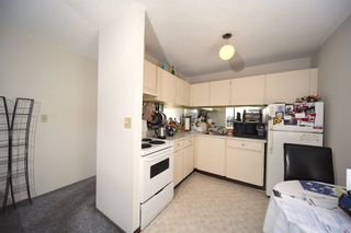 """Photo 4: 1808 145 ST. GEORGES Avenue in North Vancouver: Lower Lonsdale Condo for sale in """"Talisman Towers"""" : MLS®# R2403974"""