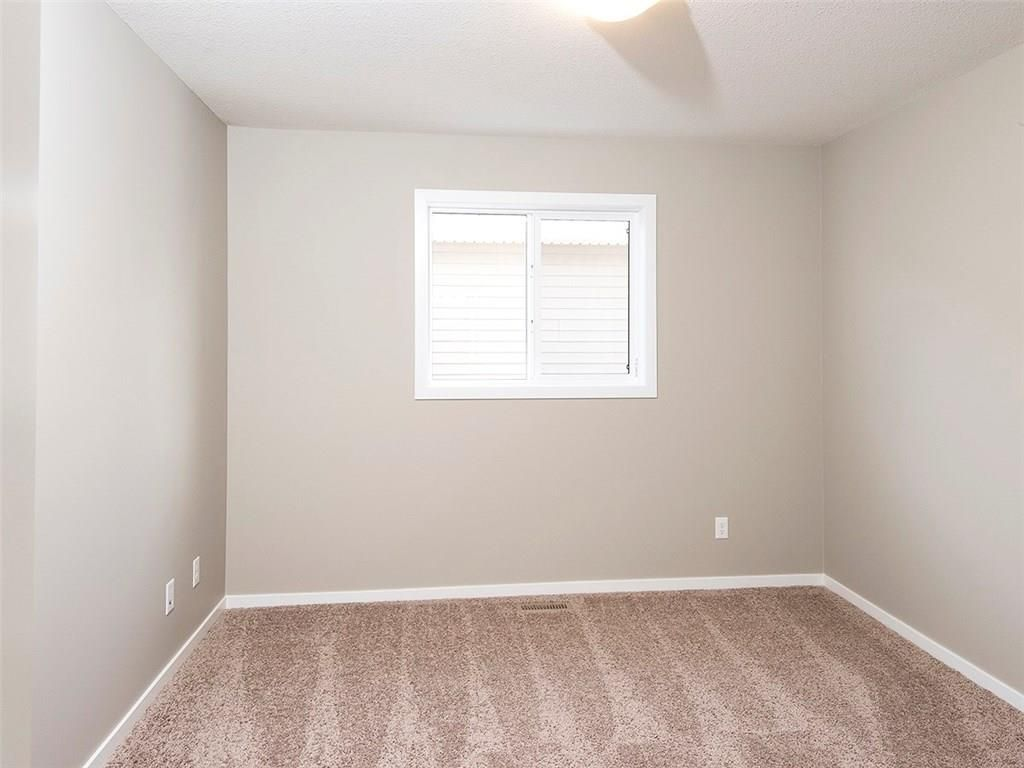 Photo 16: Photos: 2202 Bayside Circle: Airdrie House for sale : MLS®# C4145473