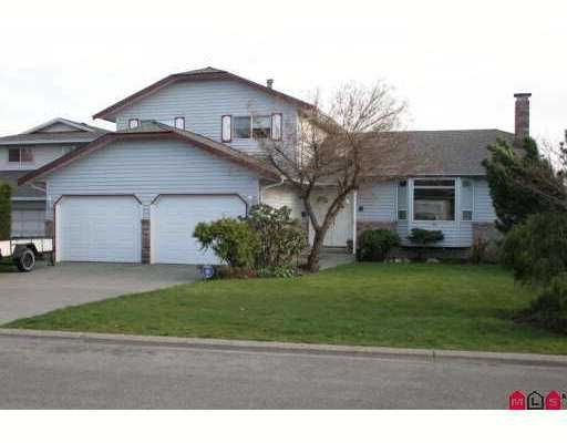 Main Photo: 14614 87A Ave in Surrey: Bear Creek Green Timbers House for sale : MLS®# F2708359