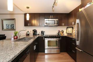 Photo 8: 213 7511 120 STREET in Delta: Scottsdale Condo for sale ()  : MLS®# R2157796