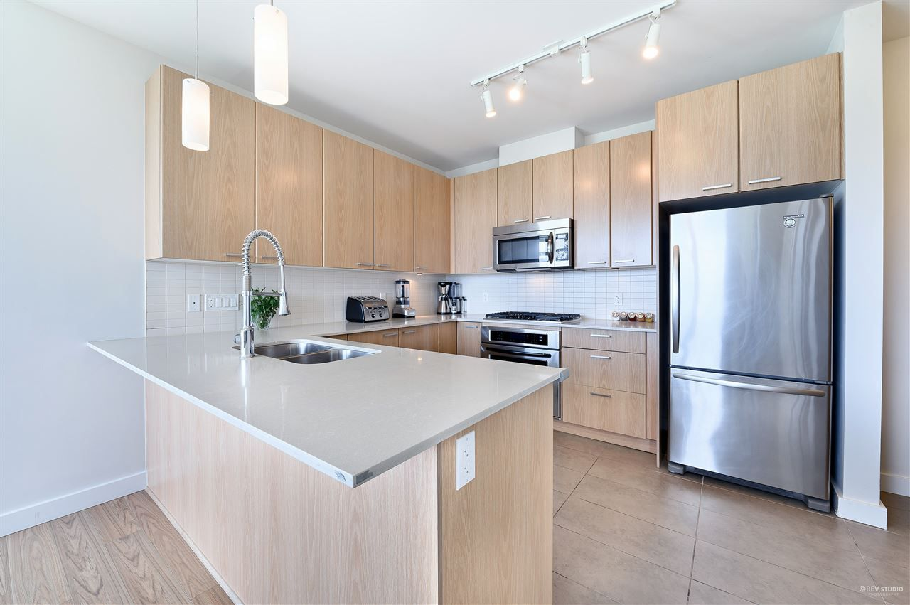 Photo 8: Photos: 2103 2789 SHAUGHNESSY Street in Port Coquitlam: Central Pt Coquitlam Condo for sale : MLS®# R2488534