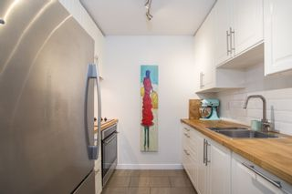 """Photo 7: 202 1450 E 7TH Avenue in Vancouver: Grandview VE Condo for sale in """"Ridgeway Place"""" (Vancouver East)  : MLS®# R2340173"""