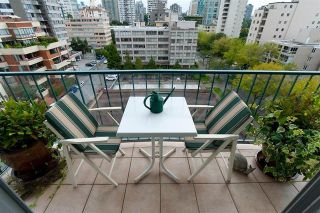"""Photo 9: # 901 2055 PENDRELL ST in Vancouver: West End VW Condo for sale in """"PANORAMA PLACE"""" (Vancouver West)  : MLS®# V911013"""