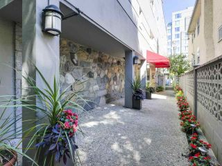 "Photo 2: 201 1595 W 14TH Avenue in Vancouver: Fairview VW Condo for sale in ""Windsor Apartments"" (Vancouver West)  : MLS®# R2488513"