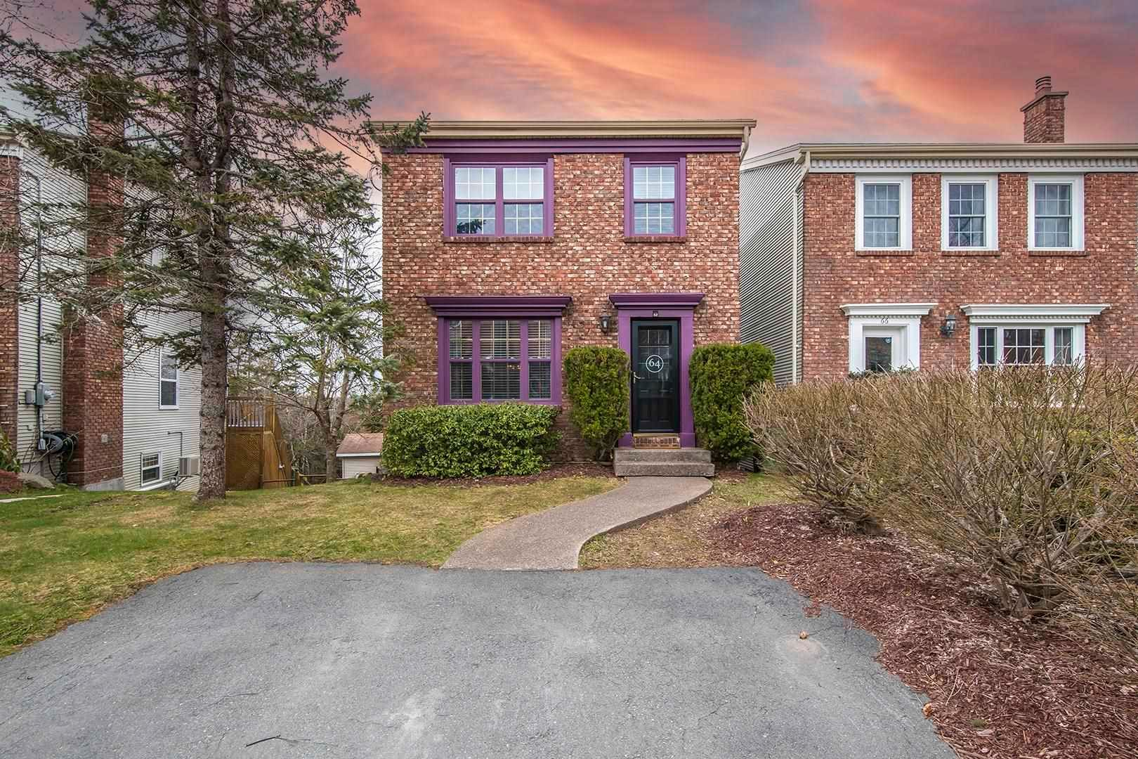 Photo 1: Photos: 64 Roy Crescent in Bedford: 20-Bedford Residential for sale (Halifax-Dartmouth)  : MLS®# 202110846