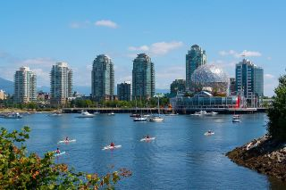 """Photo 35: 410 181 W 1ST Avenue in Vancouver: False Creek Condo for sale in """"The Brook"""" (Vancouver West)  : MLS®# R2614809"""