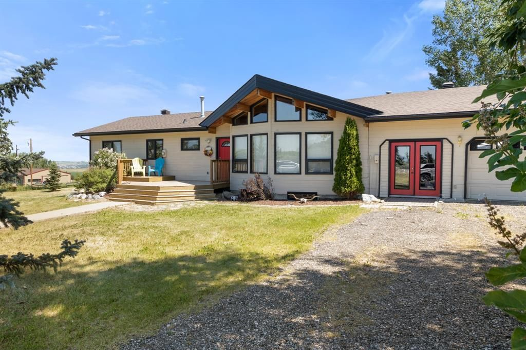 Main Photo: 386164 16 Street W: Rural Foothills County Detached for sale : MLS®# A1128908