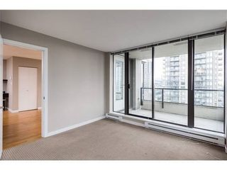 Photo 8: : Burnaby Condo for rent : MLS®# AR103