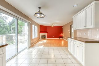 """Photo 11: 3318 ROBSON Drive in Coquitlam: Hockaday House for sale in """"HOCKADAY"""" : MLS®# R2473604"""
