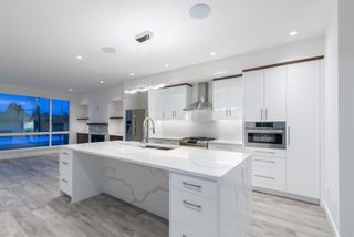 Photo 3: 3003 36 Street SW in Calgary: Killarney/Glengarry Semi Detached for sale : MLS®# A1024057