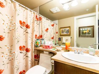 Photo 18: 907 295 GUILDFORD Way in Port Moody: North Shore Pt Moody Condo for sale : MLS®# R2571623