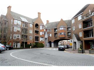 """Photo 1: 204 1369 56TH Street in Tsawwassen: Cliff Drive Condo for sale in """"Windsor Woods"""" : MLS®# V862254"""