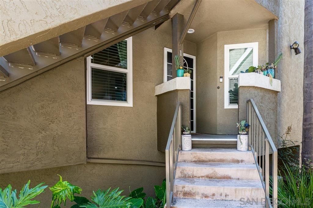 Main Photo: HILLCREST Condo for sale : 2 bedrooms : 3985 Normal St #1 in San Diego