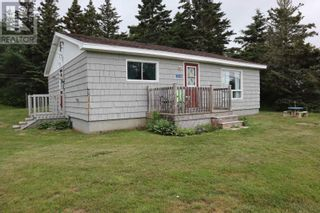 Photo 1: 7048 Highway 3 in Hunts Point: House for sale : MLS®# 202115745