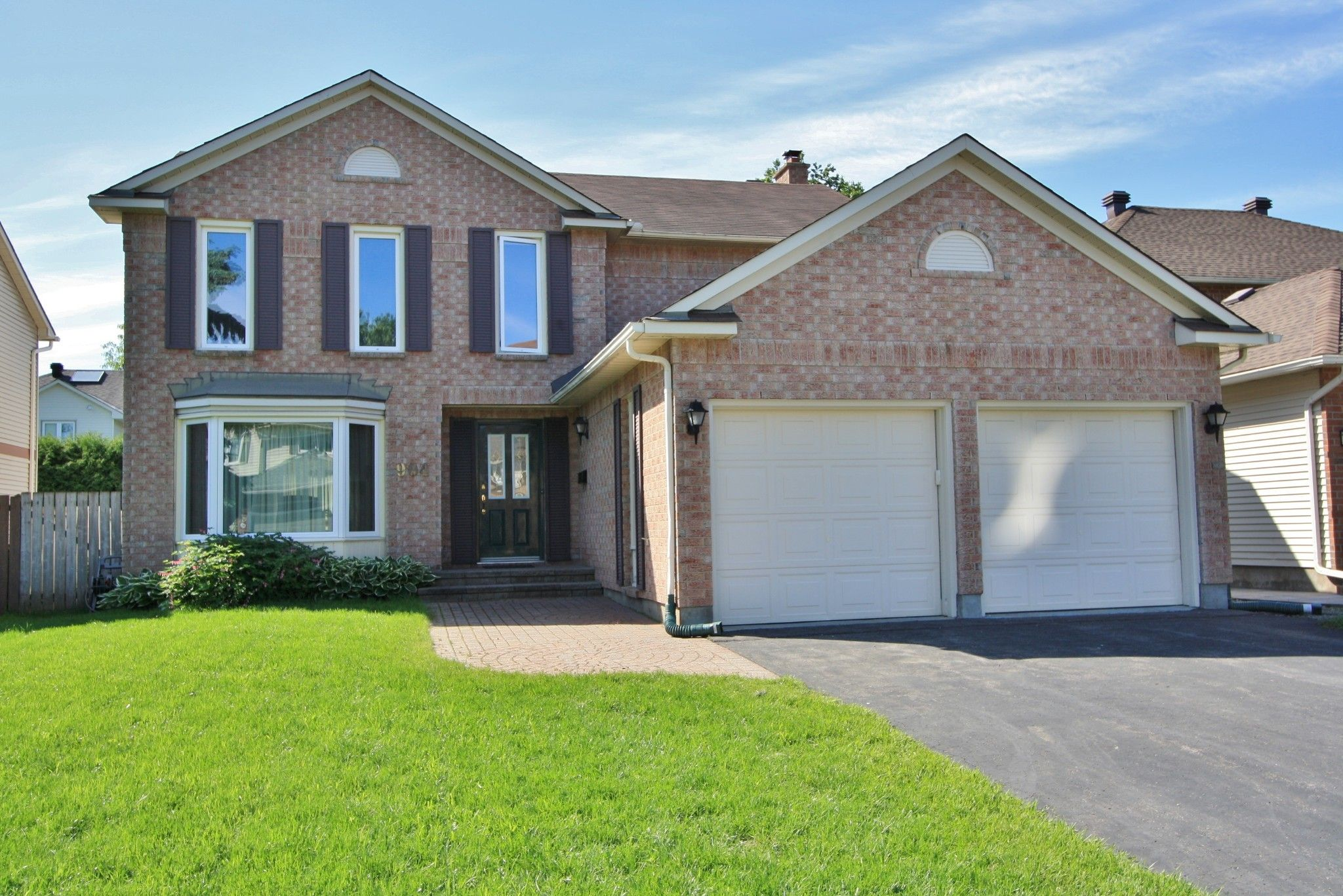 Main Photo: 904 Raftsman Lane in Ottawa: House for sale (Convent Glen)  : MLS®# 1112979