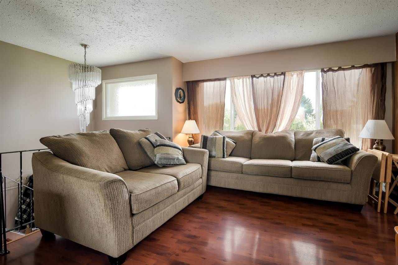 Main Photo: 20110 53 Avenue in Langley: Langley City House for sale : MLS®# R2265736