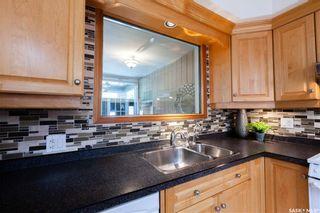 Photo 12: 220 Lake Crescent in Saskatoon: Grosvenor Park Residential for sale : MLS®# SK744275