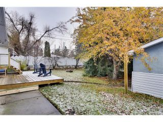Photo 20: 4032 GROVE HILL Road SW in Calgary: Glendale House for sale : MLS®# C4088063