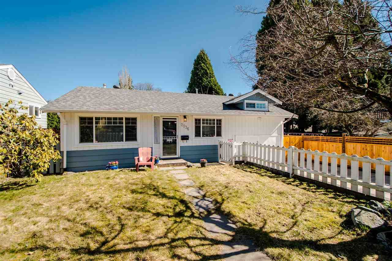 Main Photo: 2036 OLIVE Way in Abbotsford: Central Abbotsford House for sale : MLS®# R2348693
