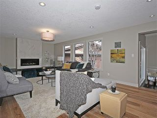 Photo 4: 240 PUMP HILL Gardens SW in Calgary: Pump Hill House for sale : MLS®# C4052437