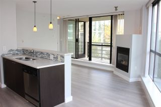 "Photo 1: 501 124 W 1ST Street in North Vancouver: Lower Lonsdale Condo for sale in ""THE Q"" : MLS®# R2115647"