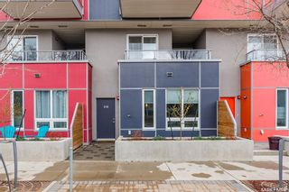 Photo 1: 418 C Avenue South in Saskatoon: Riversdale Residential for sale : MLS®# SK844739