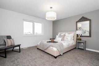 Photo 2: 30 Creemans Crescent in Winnipeg: Charleswood Residential for sale (1H)  : MLS®# 202124485