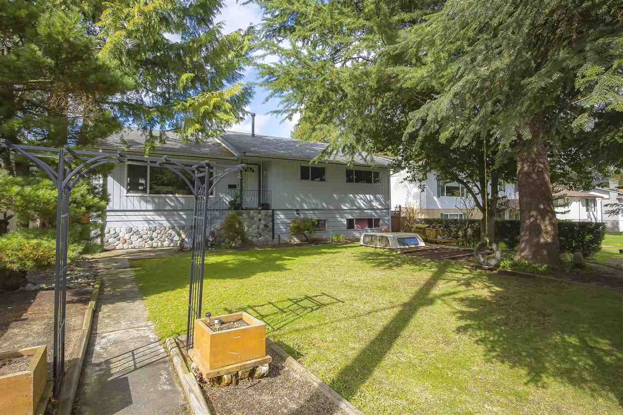 Main Photo: 10485 155A Street in Surrey: Guildford House for sale (North Surrey)  : MLS®# R2554647