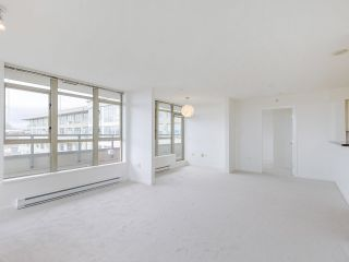 """Photo 11: 720 2799 YEW Street in Vancouver: Kitsilano Condo for sale in """"TAPESTRY AT THE O'KEEFE"""" (Vancouver West)  : MLS®# R2605737"""