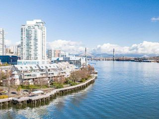 """Photo 23: 418 5 K DE K Court in New Westminster: Quay Condo for sale in """"Quayside Terrace"""" : MLS®# R2577586"""