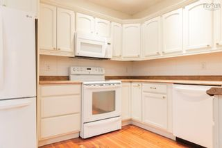 Photo 9: 5527 Stanley Place in Halifax: 3-Halifax North Residential for sale (Halifax-Dartmouth)  : MLS®# 202123545