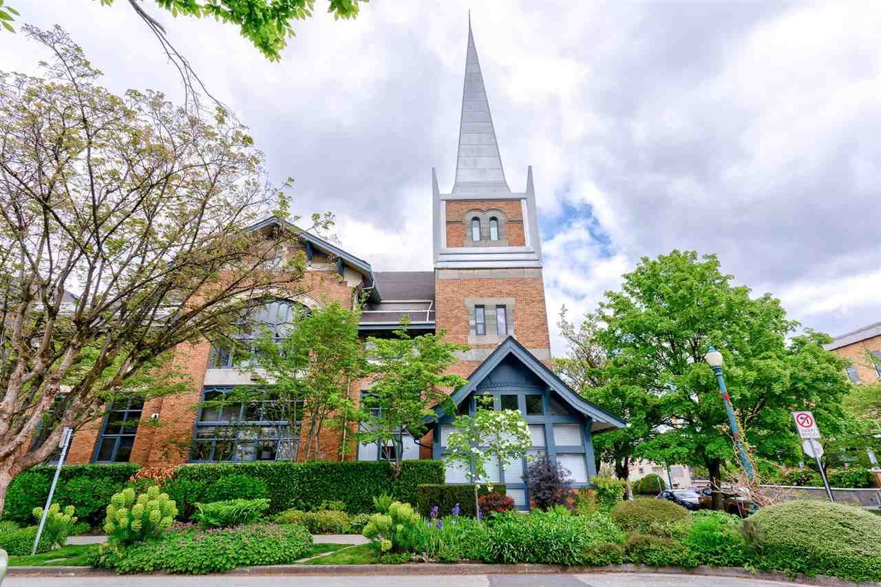 """Main Photo: 303 2525 QUEBEC Street in Vancouver: Mount Pleasant VE Condo for sale in """"The Cornerstone"""" (Vancouver East)  : MLS®# R2576101"""