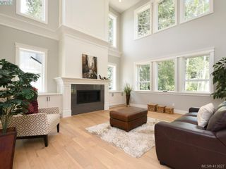 Photo 4: 1024 Deltana Ave in VICTORIA: La Olympic View House for sale (Langford)  : MLS®# 820960
