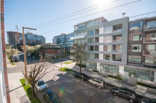 """Photo 16: 317 311 E 6TH Avenue in Vancouver: Mount Pleasant VE Condo for sale in """"The Wohlsein"""" (Vancouver East)  : MLS®# R2438837"""