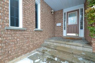 Photo 3: 2120 Munn's Avenue in Oakville: River Oaks House (2-Storey) for sale : MLS®# W3420282