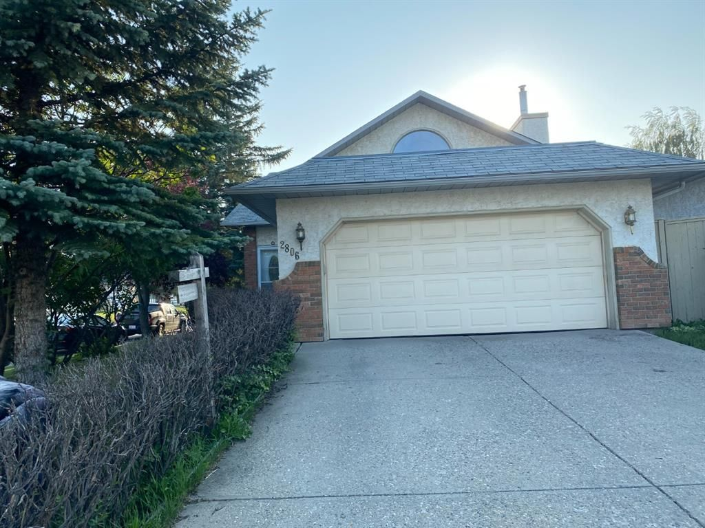 Main Photo: 2806 Catalina Boulevard NE in Calgary: Monterey Park Detached for sale : MLS®# A1130683