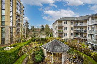 "Photo 27: 306 1588 BEST Street: White Rock Condo for sale in ""THE MONTEREY"" (South Surrey White Rock)  : MLS®# R2520962"