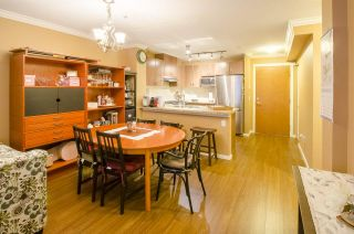 """Photo 4: 213 3082 DAYANEE SPRINGS Boulevard in Coquitlam: Westwood Plateau Condo for sale in """"LANTERNS"""" : MLS®# R2127277"""