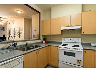 Photo 2: # 209 580 TWELFTH ST in New Westminster: Uptown NW Condo for sale : MLS®# V1099232